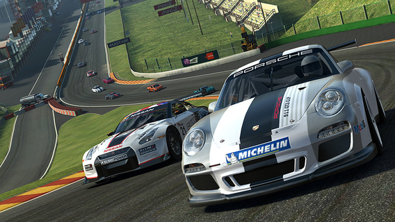 Screenshot 1 Real Racing 3