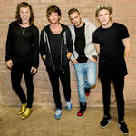 View artist One Direction