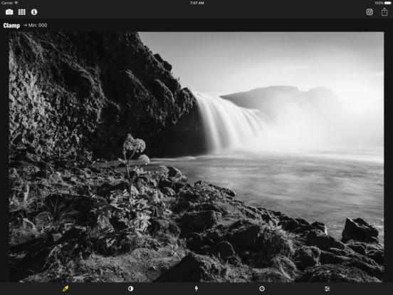 Monochromia - Black & White Photography iPad Screenshot 1