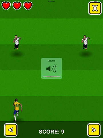 World Soccer Football Run 2014 : Free Infinite Runner - Win the Cup! screenshot 2