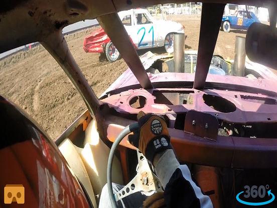 VR Demolition Derby Racing with Google Cardboard screenshot 3