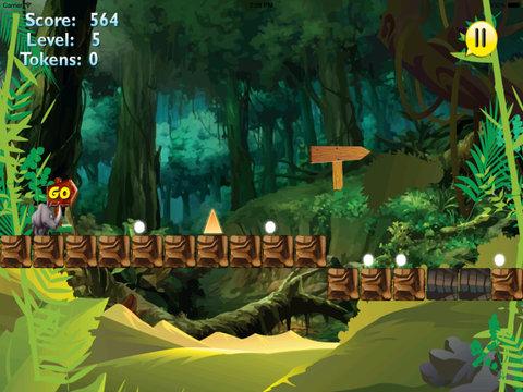 A Platform Animal Jump - Rino Jumping To Avoid Sharp Obstacles screenshot 9